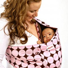 Five Reasons to Wear Your Baby!